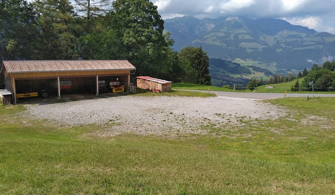 Stellplatz Berghof Halten