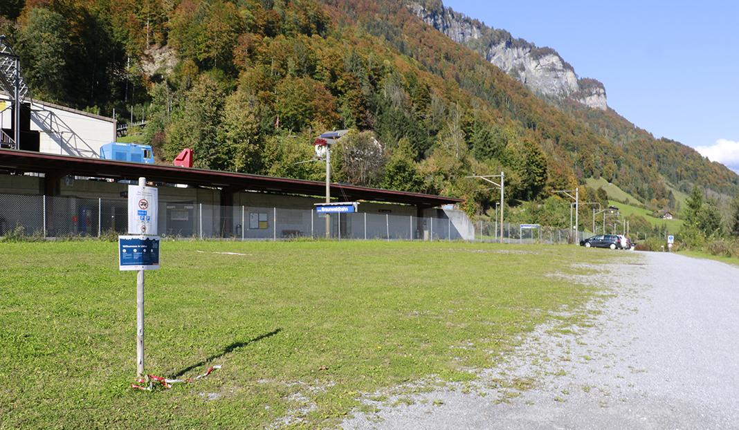 Wohnmobil-Stellplatz Linthal-Braunwaldbahn